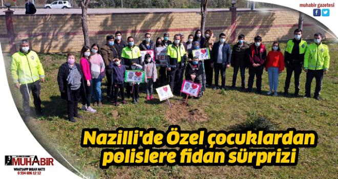 Nazilli'de Özel çocuklardan polislere fidan sürprizi