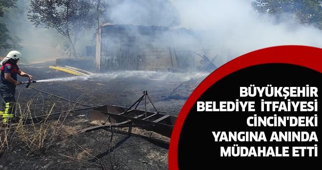Büyükşehir itfaiyesinden yangına anında müdahale