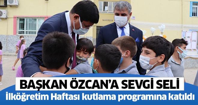Başkan Özcan İlköğretim Haftası kutlama programına katıldı