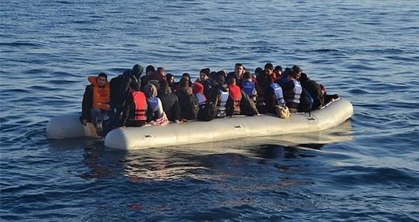 Kuşadası'nda 10 göçmen yakalandı