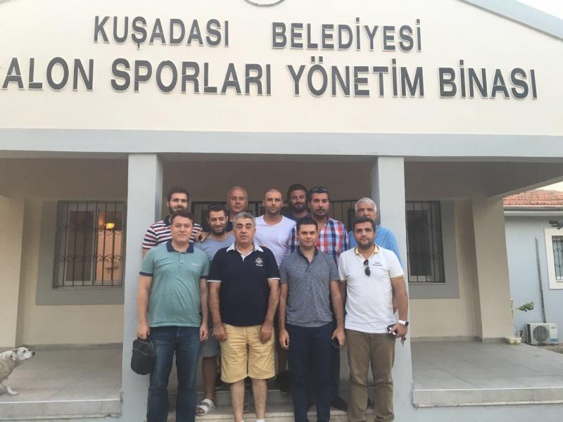 KuşadasıSpor'da Görev Dağılımı Yapıldı