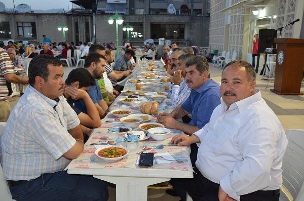 Lokantacılar ve Kasaplardan iftar yemeği